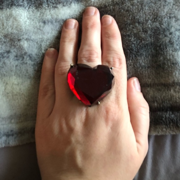 Vintage Jewelry - Vintage Ruby Heart Ring